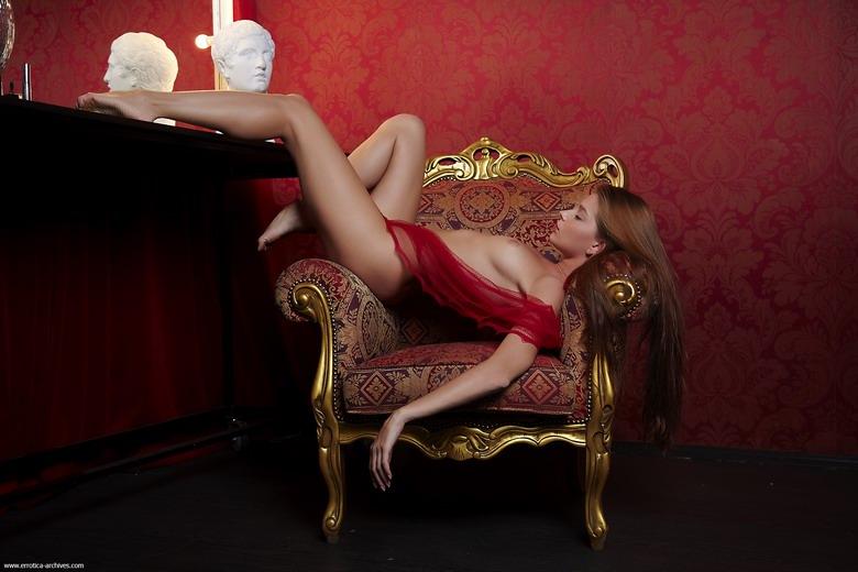 Zdjęcie porno - 12 - Dziewczyna do towarzystwa