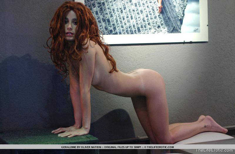 Zdjęcie porno - 08 - Ruda w muzeum