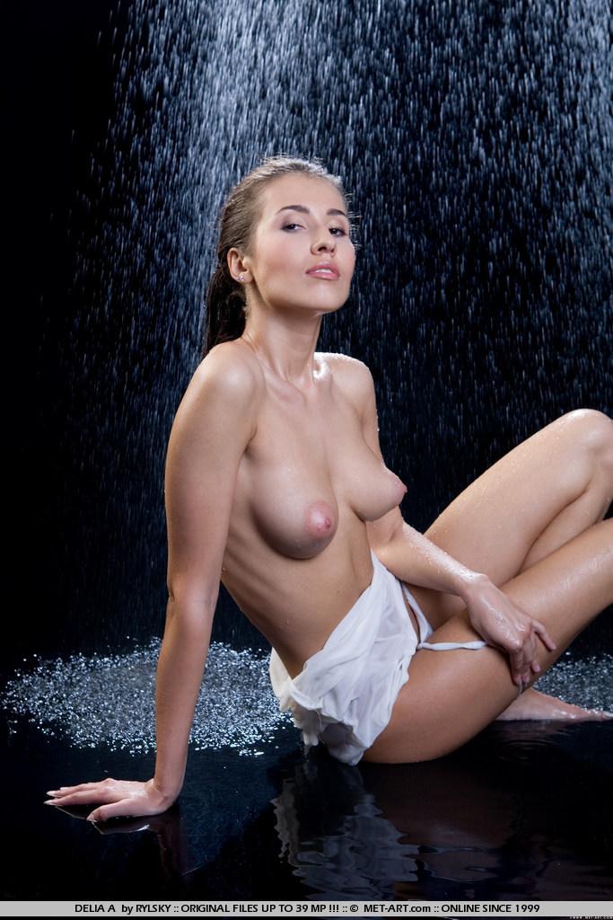 Zdjęcie porno - 054 - Laseczka pod natryskiem