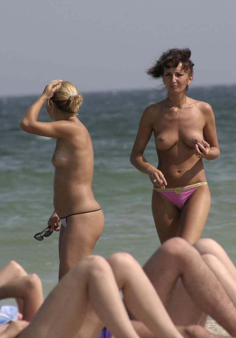 Zdjęcie porno - 052 - Amatorki na plaży