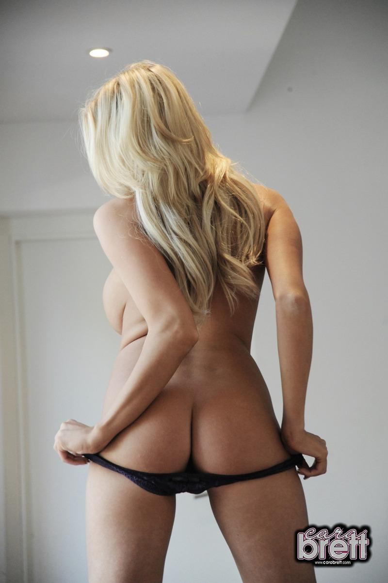 Zdjęcie porno - 0713 - Blondyna w szpilkach