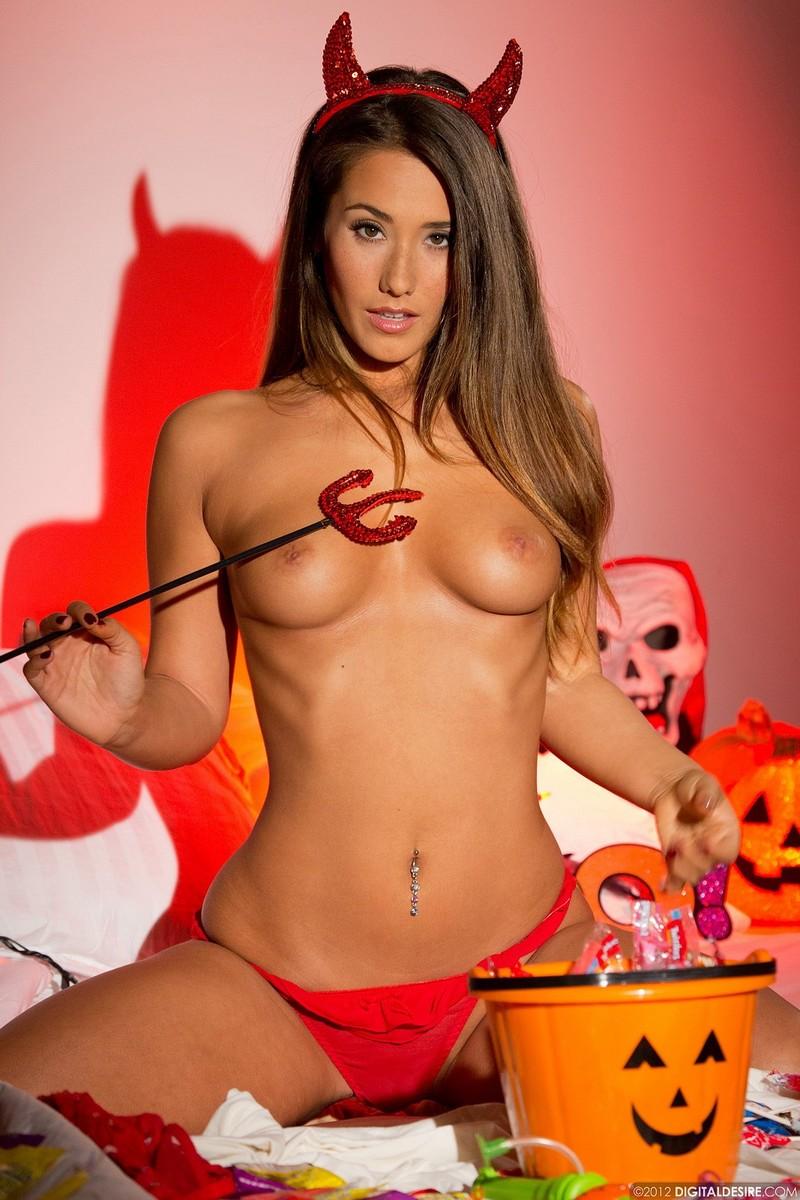 Zdjęcie porno - 019 - Strój na halloween