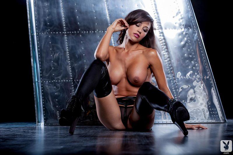 Zdjęcie porno - 142 - Opalona brunetka