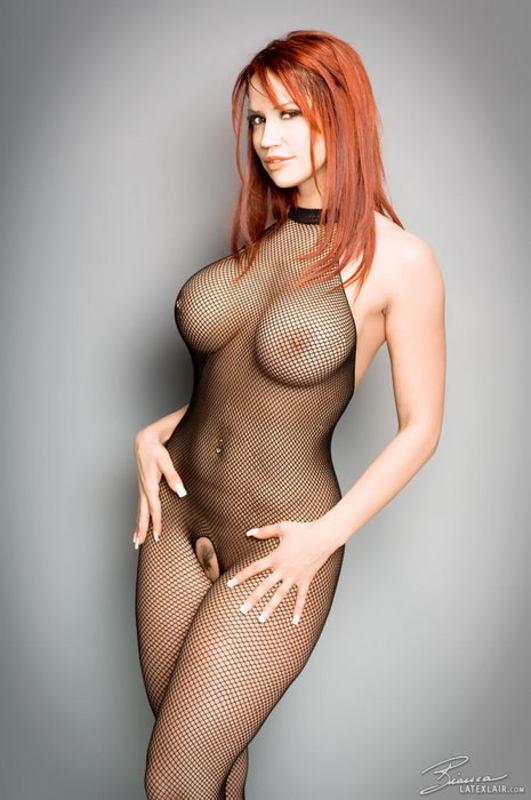 Zdjęcie porno - 0116 - Ruda z dużym biustem