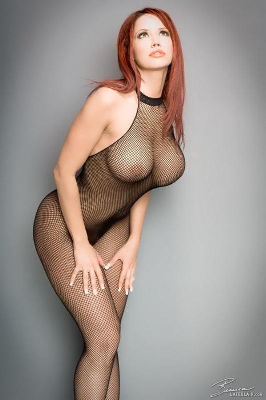 Zdjęcie porno - 0418 - Ruda z dużym biustem