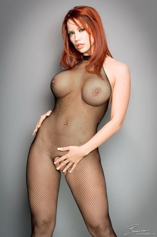 Zdjęcie porno - 0716 - Ruda z dużym biustem