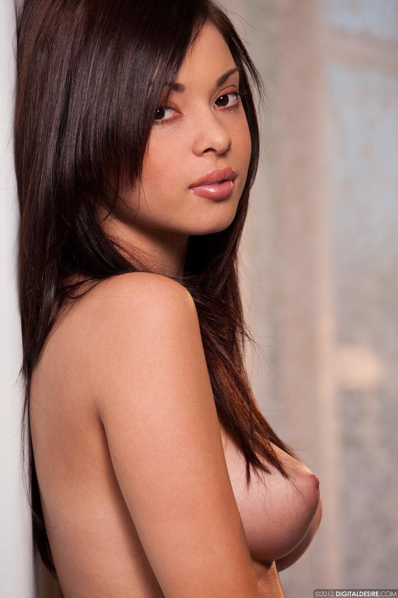 Zdjęcie porno - 0622 - Dziewczyna o azjatyckiej urodzie