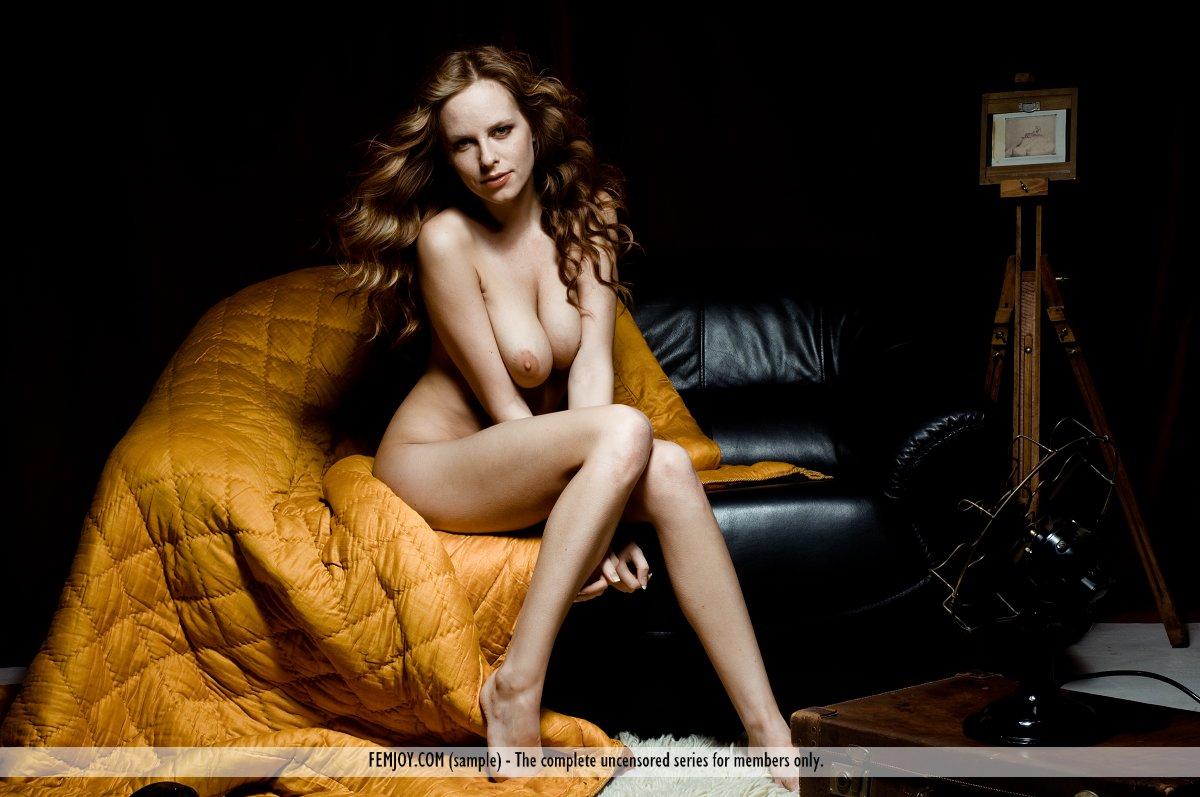 Zdjęcie porno - 022 - Ruda z obwisłymi cycuszkami