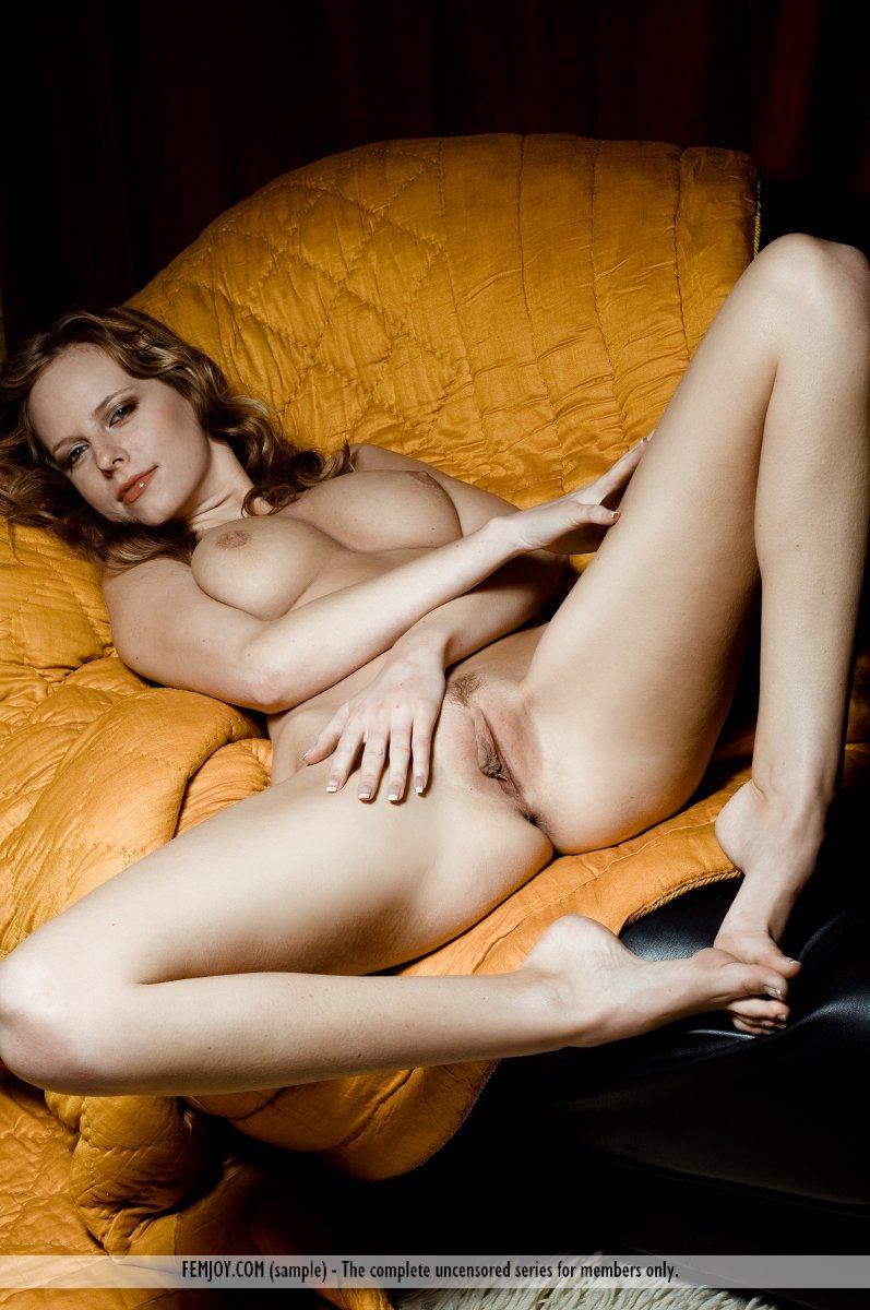 Zdjęcie porno - 042 - Ruda z obwisłymi cycuszkami