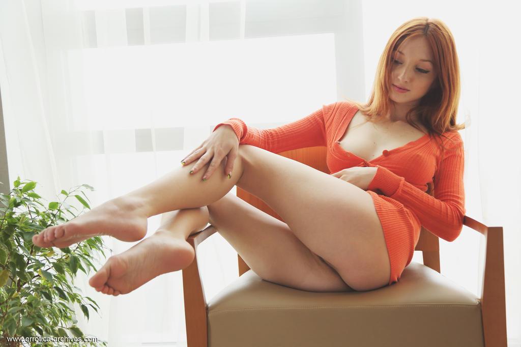 Zdjęcie porno - 0614 - Piękna z bladymi cyckami
