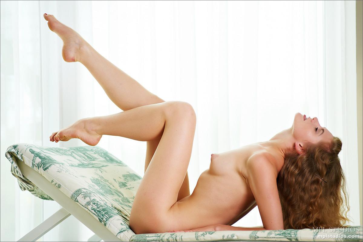 Zdjęcie porno - 1014 - Wypina swoje pośladki
