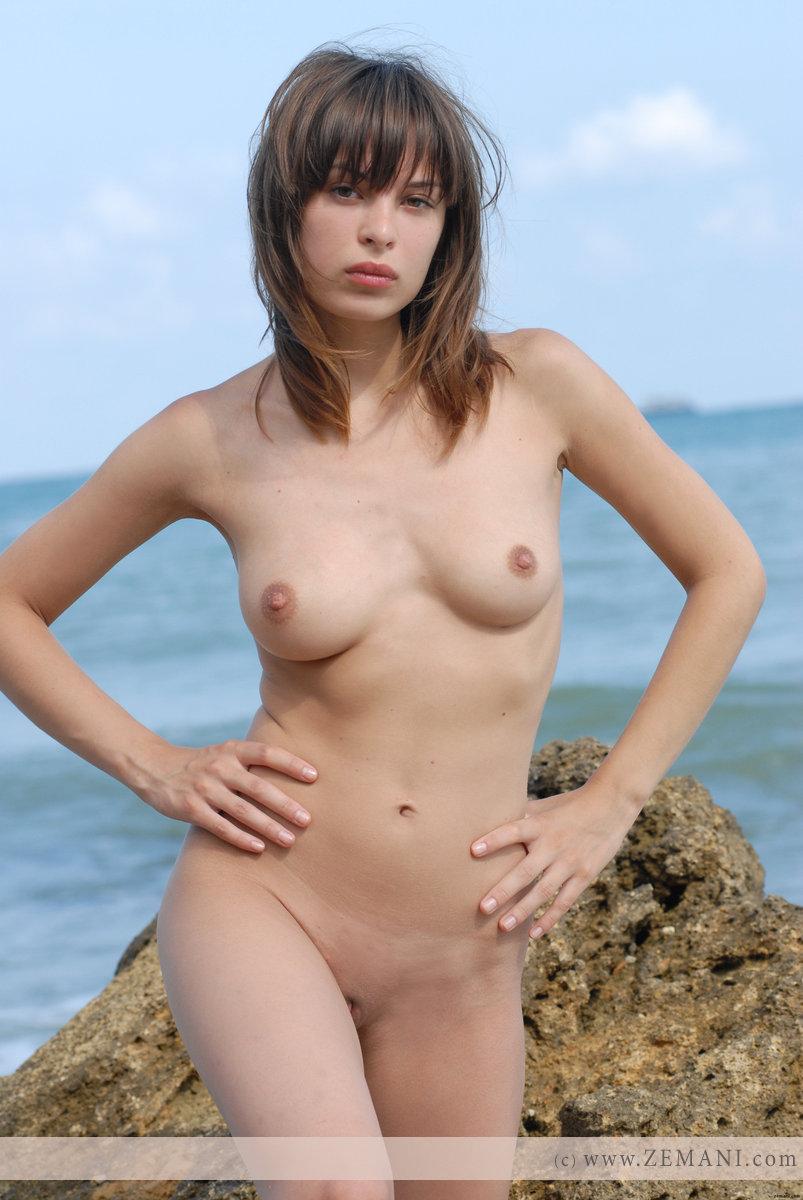 Zdjęcie porno - 1115 - Fajniutka na plaży