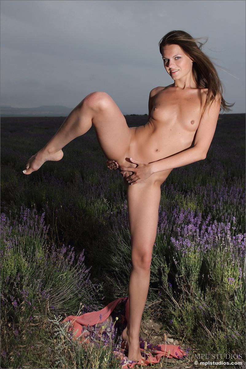 Zdjęcie porno - 125 - Dziewczyna z piękną buźką