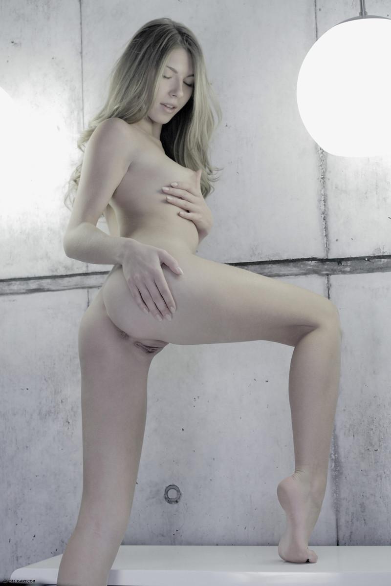 Zdjęcie porno - 133 - Małe cyce blondynki