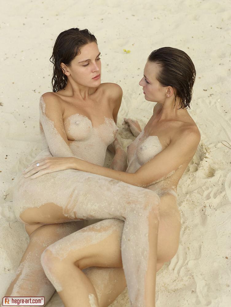 Zdjęcie porno - 0710 - Samotne na plaży