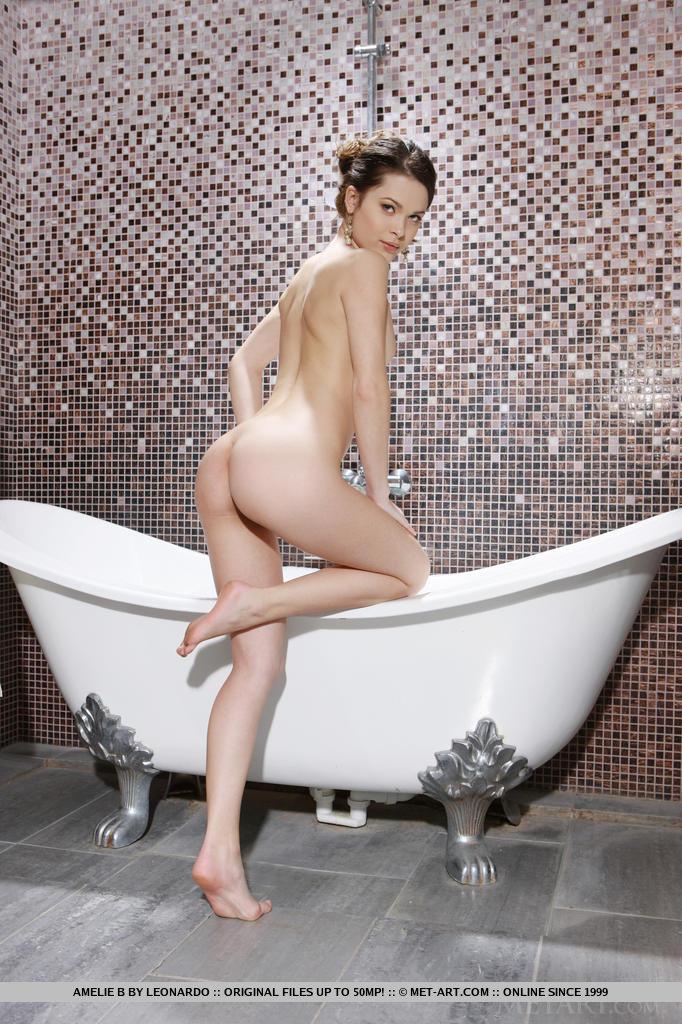Zdjęcie porno - 114 - Dupeczka w wannie