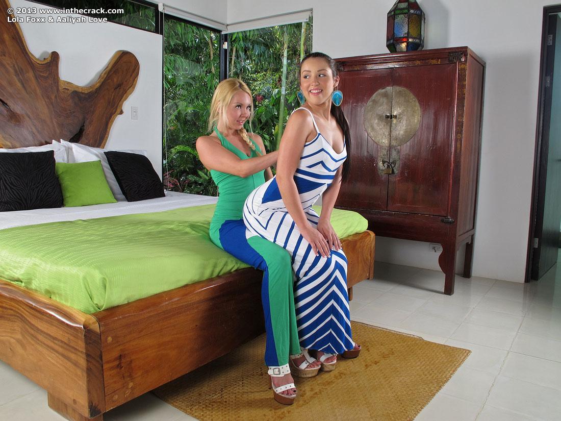 Zdjęcie porno - 023 - Obie mają małe piersi