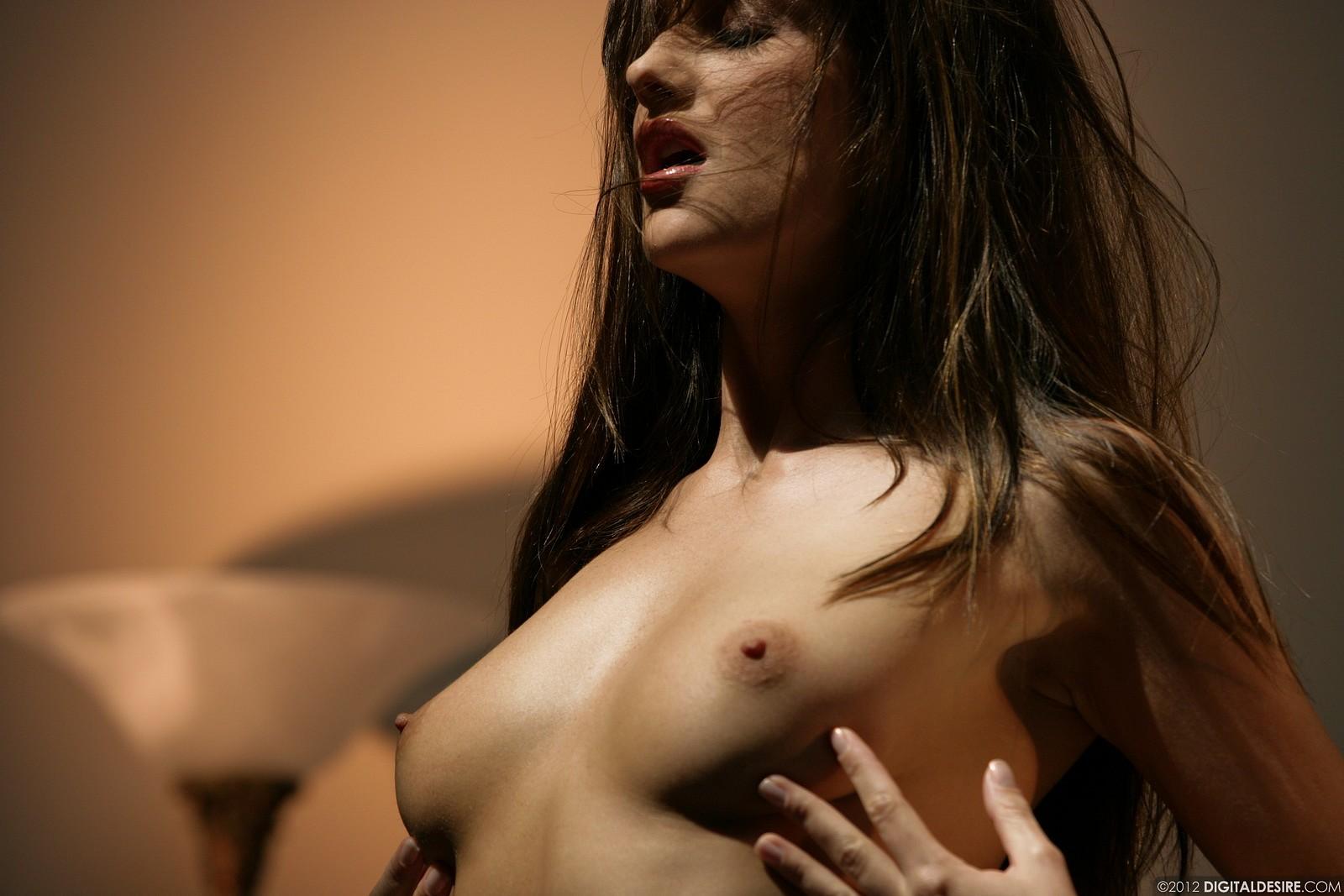 Zdjęcie porno - 1015 - Laska w różowej sukience