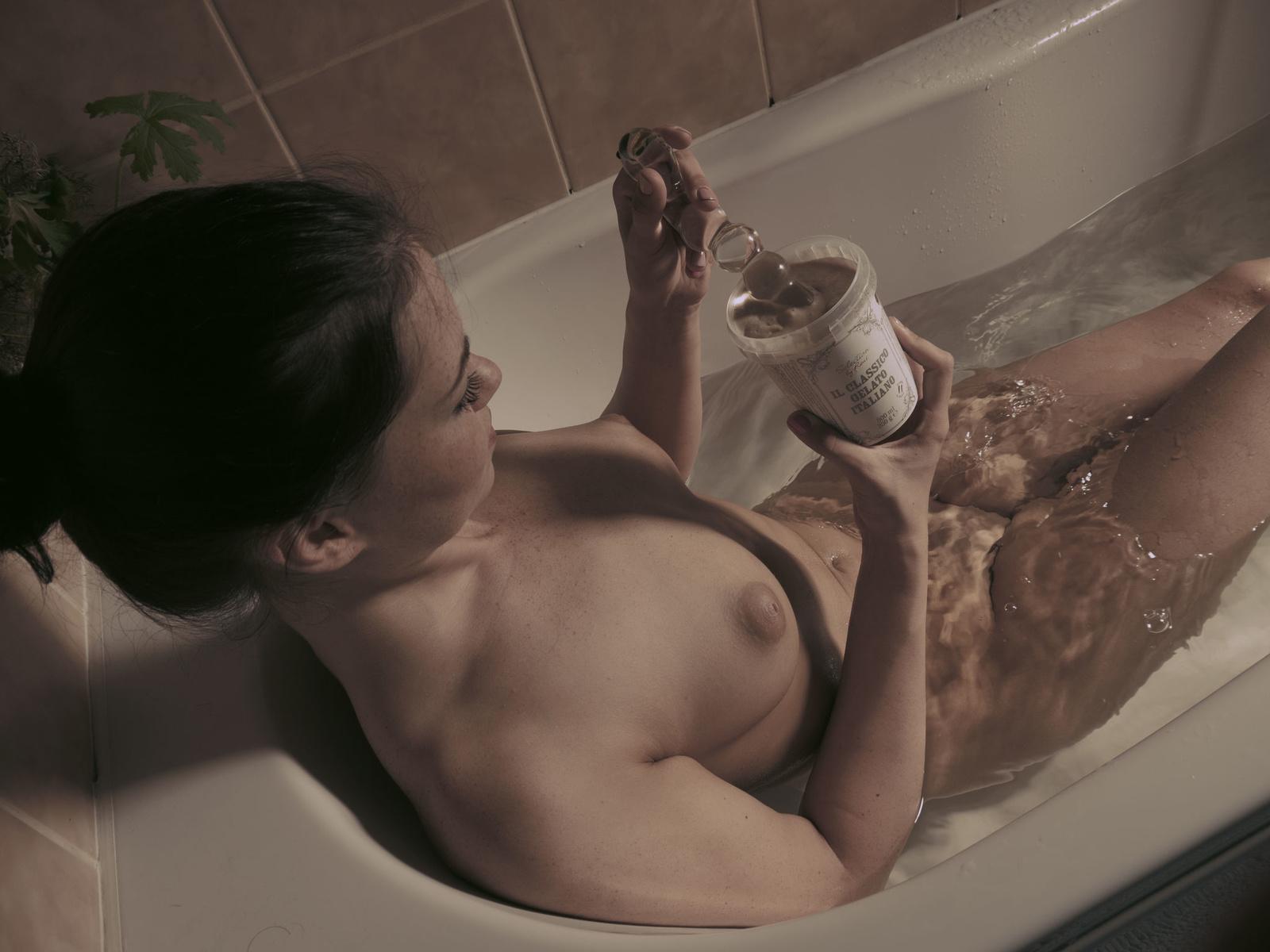 Zdjęcie porno - 021 - Poranna kąpiel