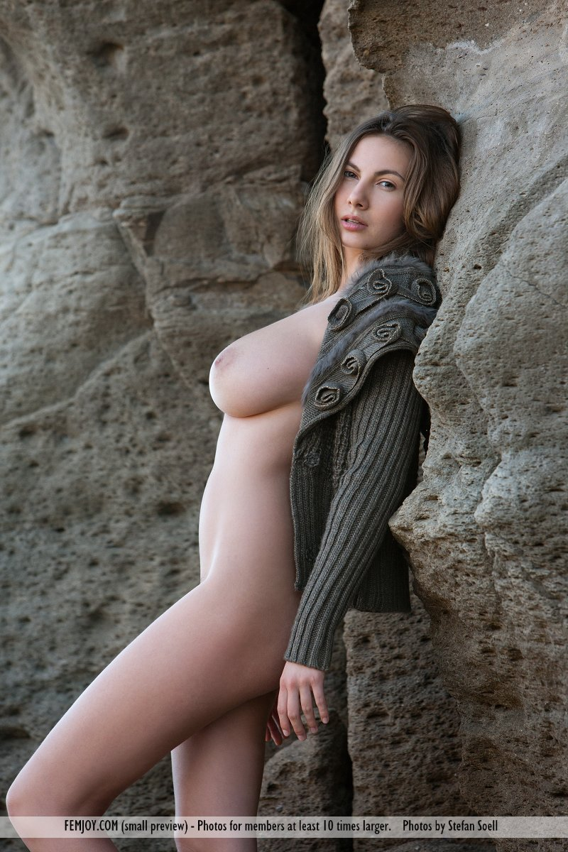 Zdjęcie porno - 0313 - Idealnie krągłe skarby