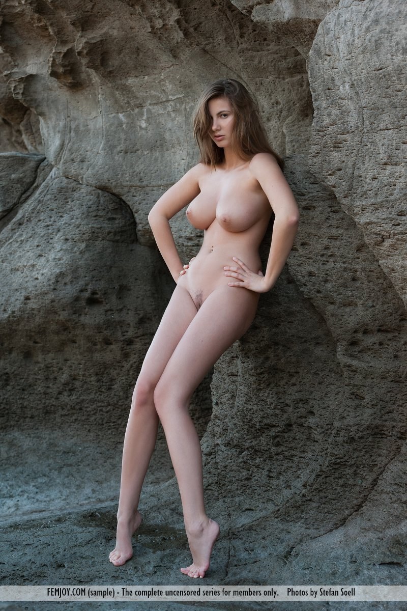 Zdjęcie porno - 1013 - Idealnie krągłe skarby