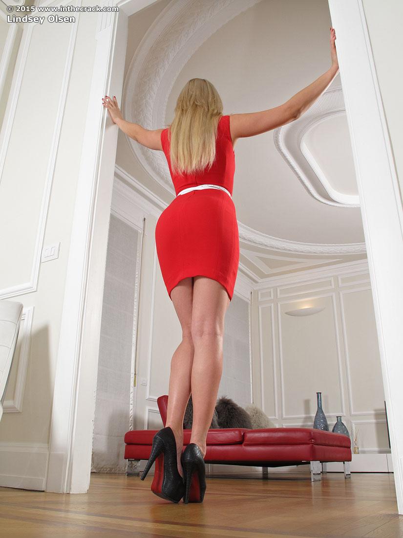 Zdjęcie porno - 037 - Dziewczyna w czerwonej sukience