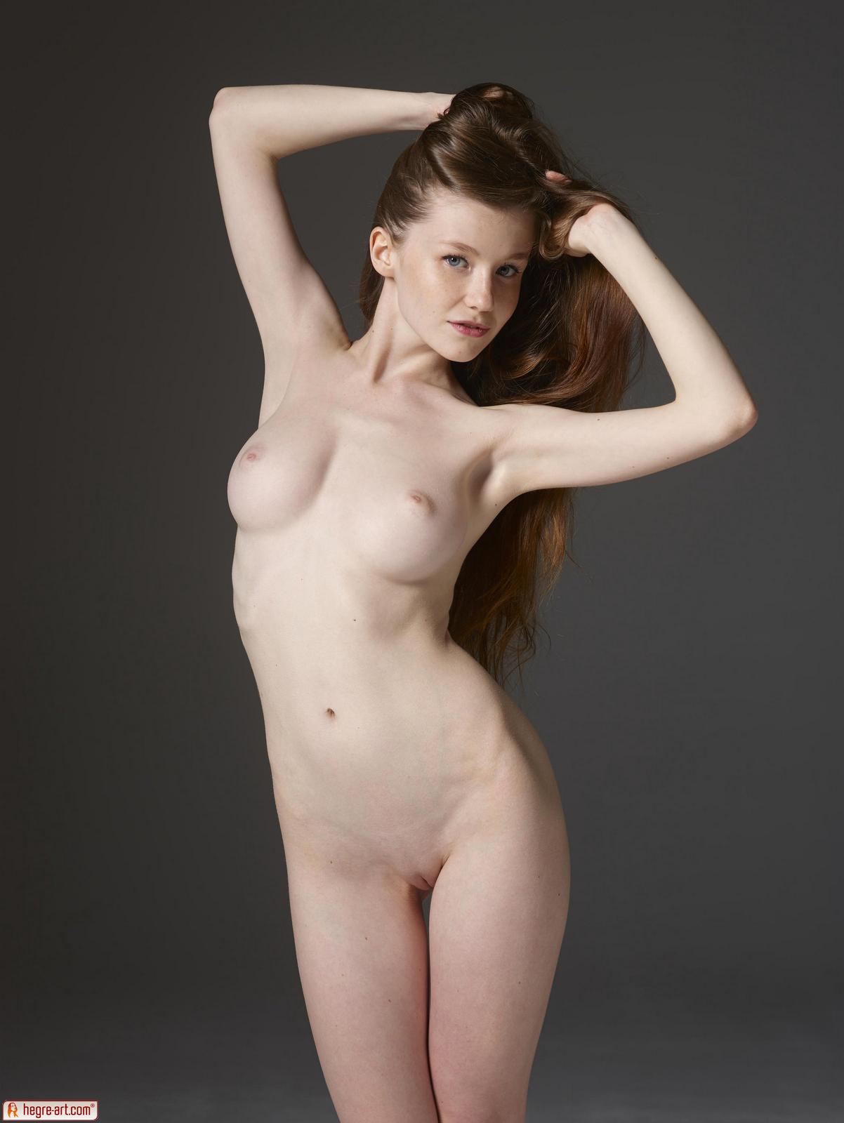 Zdjęcie porno - 0813 - Jędrna nastolatka