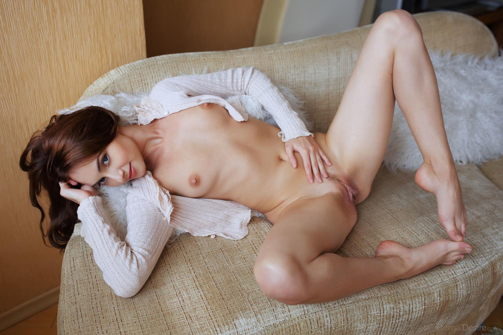 Zdjęcie porno - 0619 - Różowa szparka