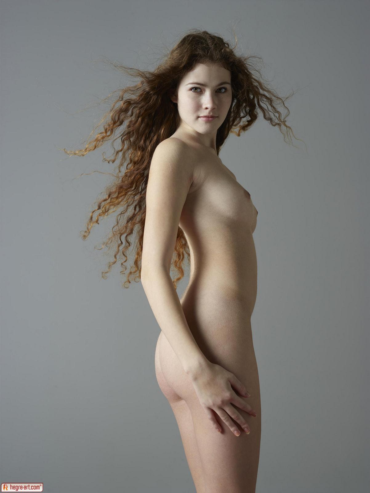 Zdjęcie porno - 131 - Naga dziewczyna