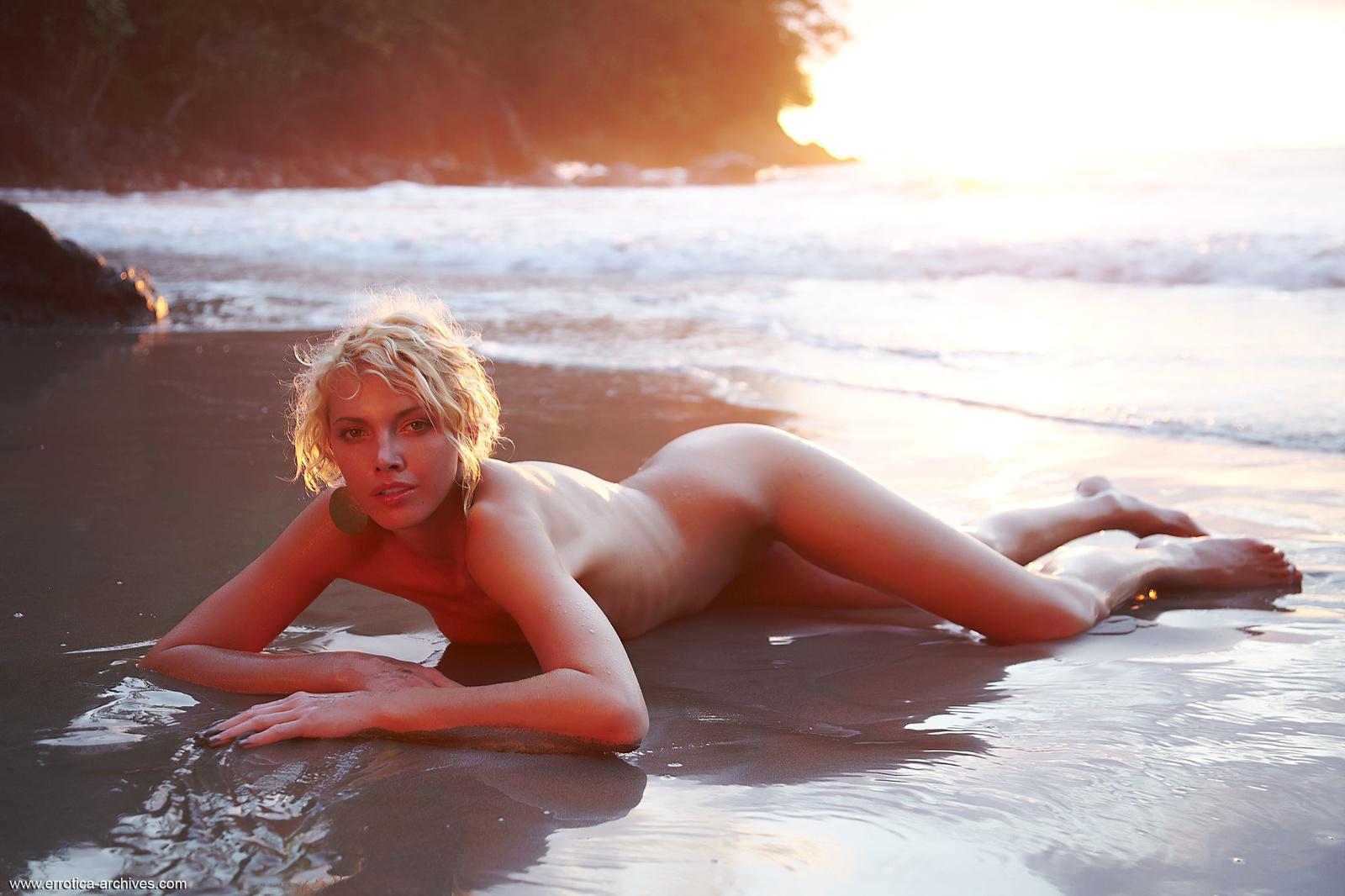 Zdjęcie porno - 0519 - Babeczka na plaży