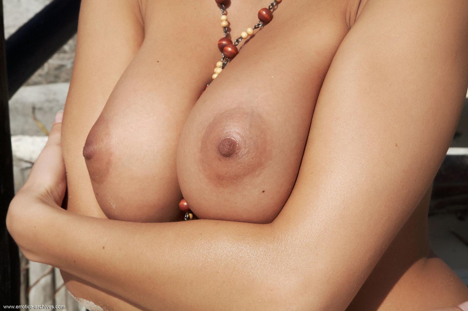 Zdjęcie porno - 133 - Pieszczenie cycków
