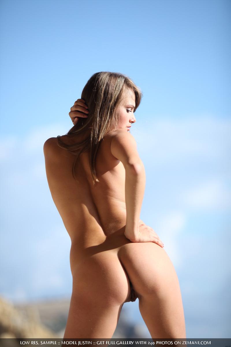 Zdjęcie porno - 157 - Mała i piękna laseczka