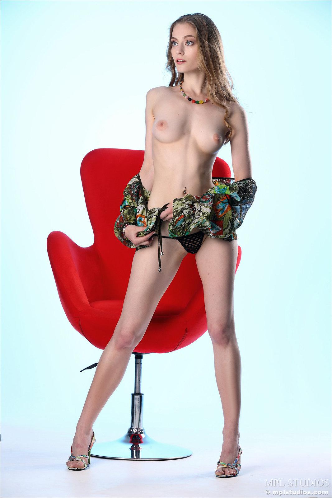 Zdjęcie porno - 0815 - Wysoka i seksowna modelka