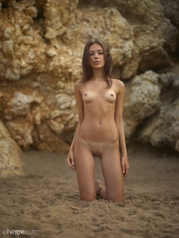Zdjęcie porno - 096 - Naga i seksowna