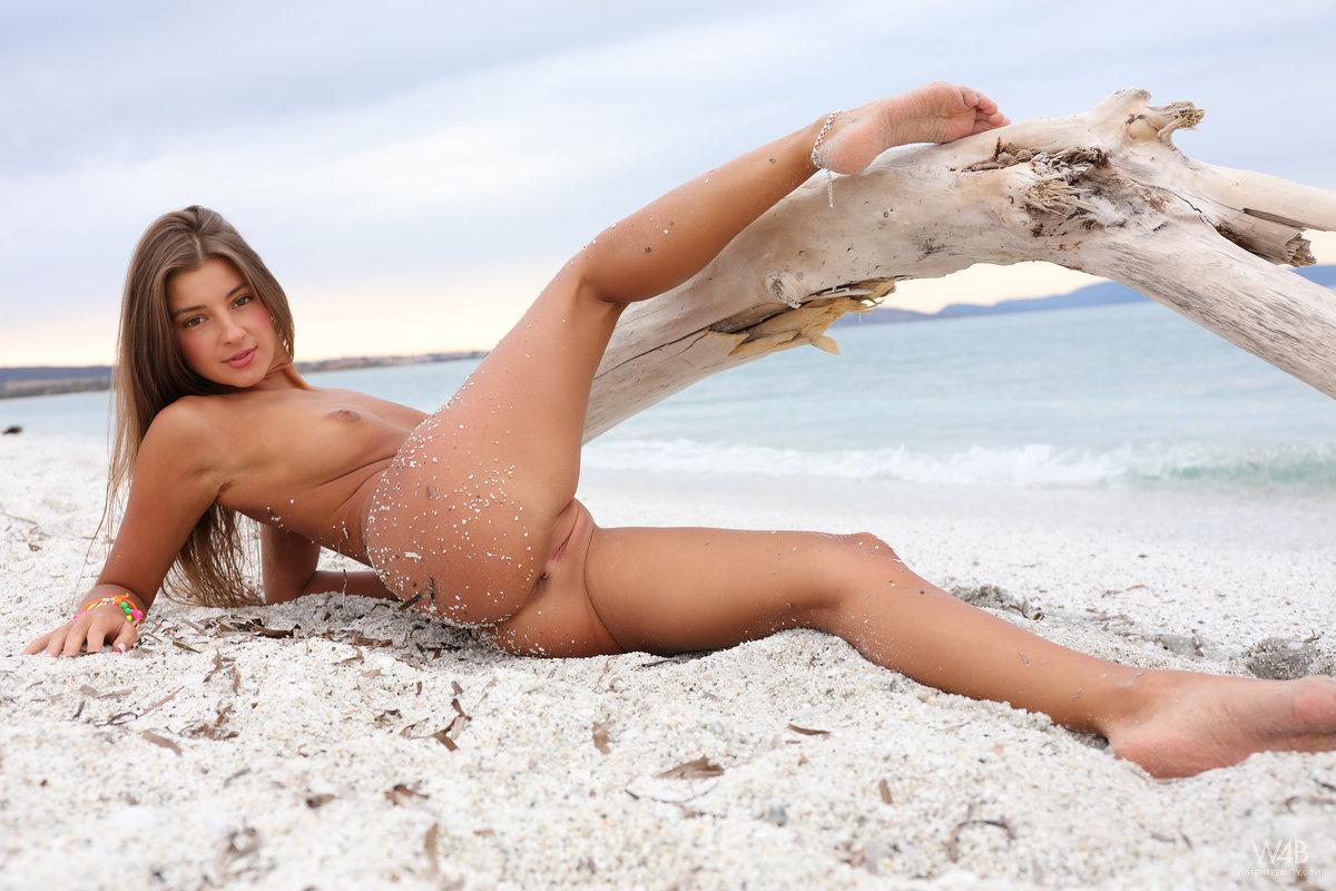 Zdjęcie porno - 1115 - Dupcia w piasku