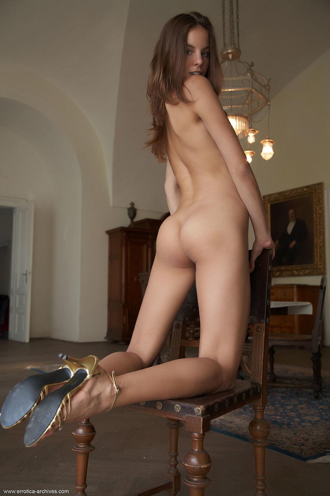 Zdjęcie porno - 091 - Pokaz na krześle