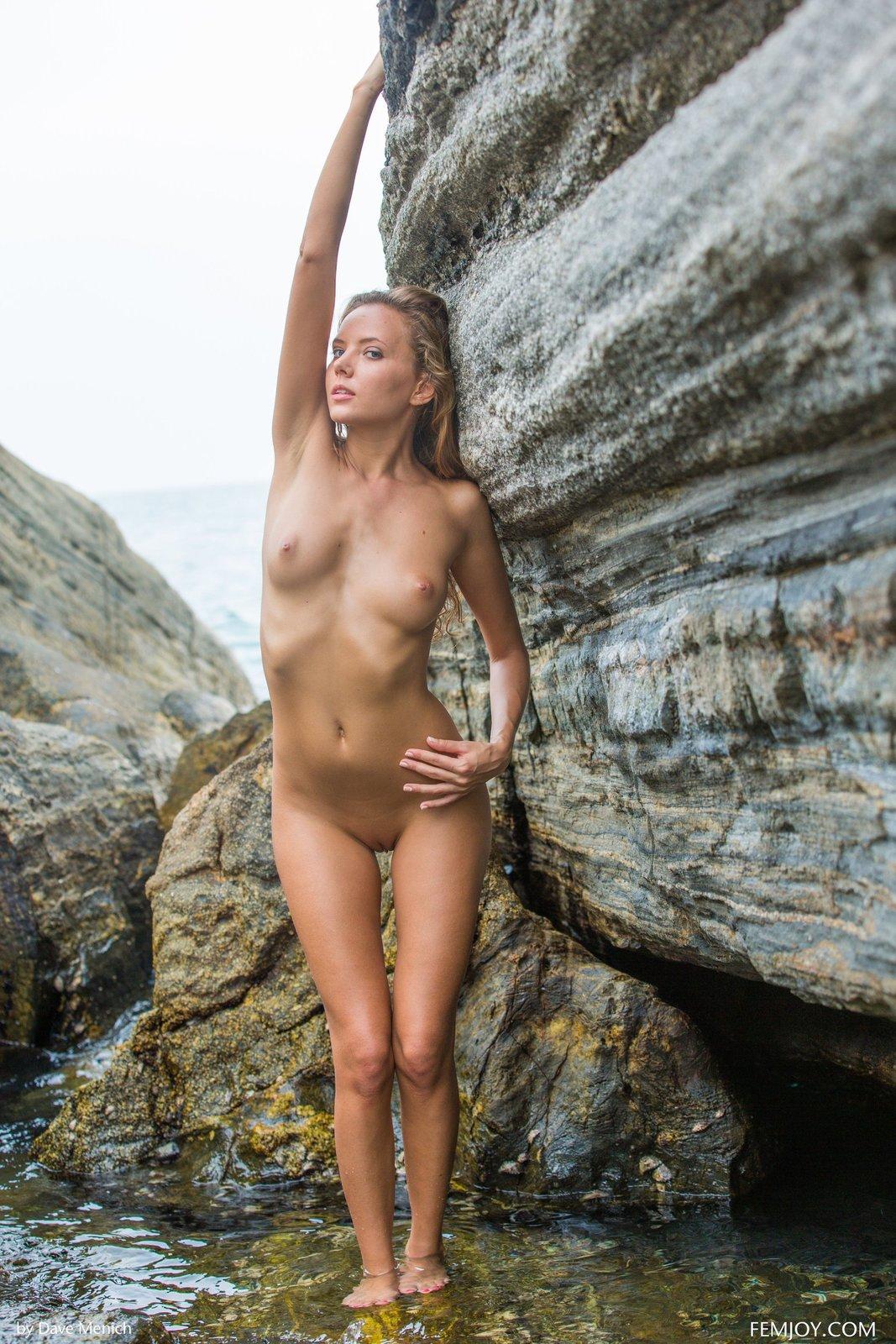 Zdjęcie porno - 0415 - Mokra modelka