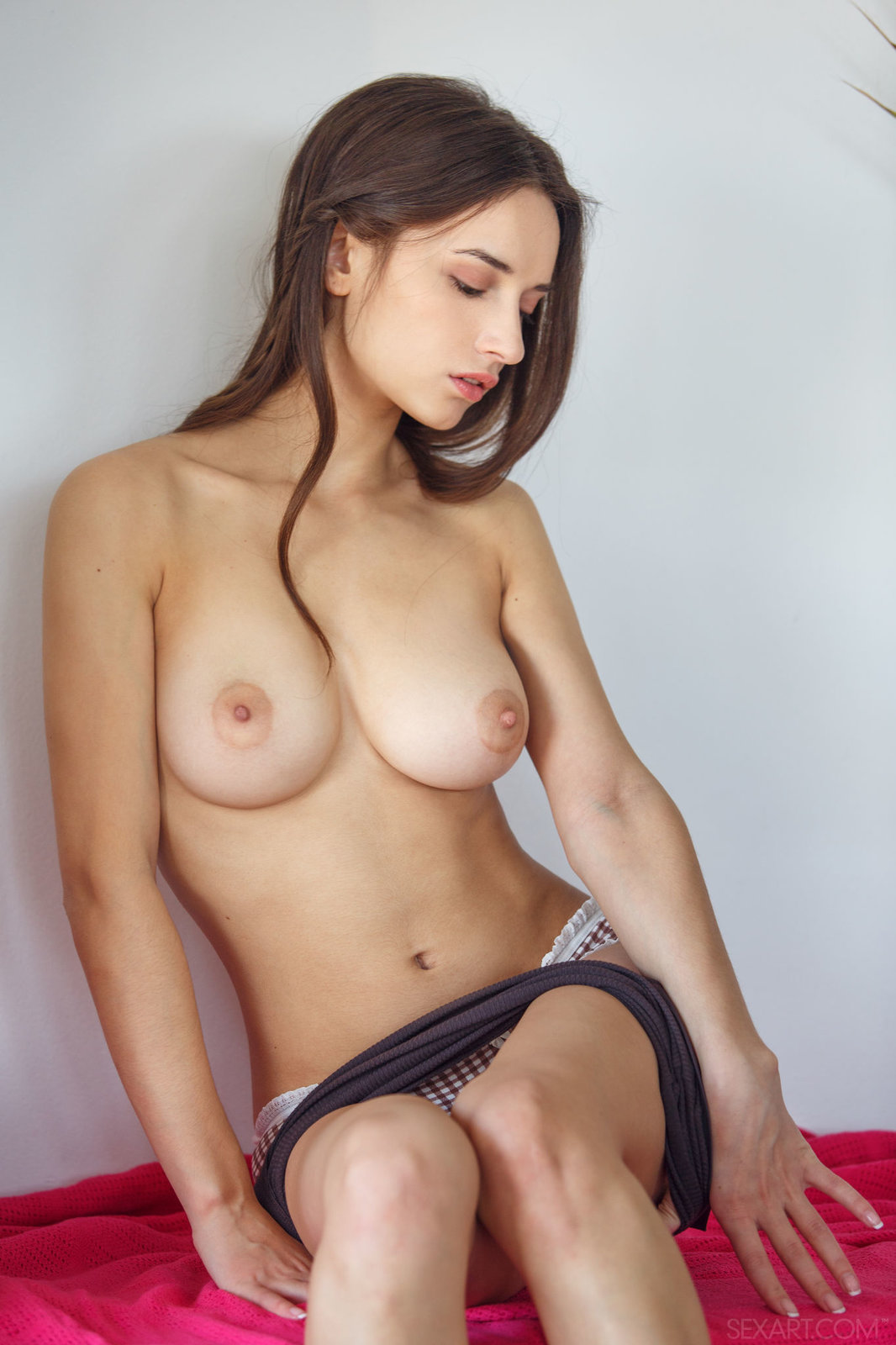 Zdjęcie porno - 0618 - Fajna dupeczka w majteczkach