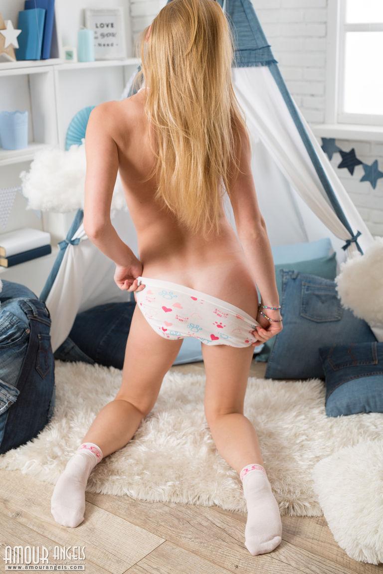 Zdjęcie porno - 119 - Niebieskooka blondynka