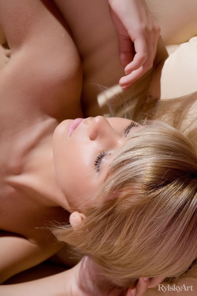 Zdjęcie porno - 454598 12big - Naturalna seks blondyneczka