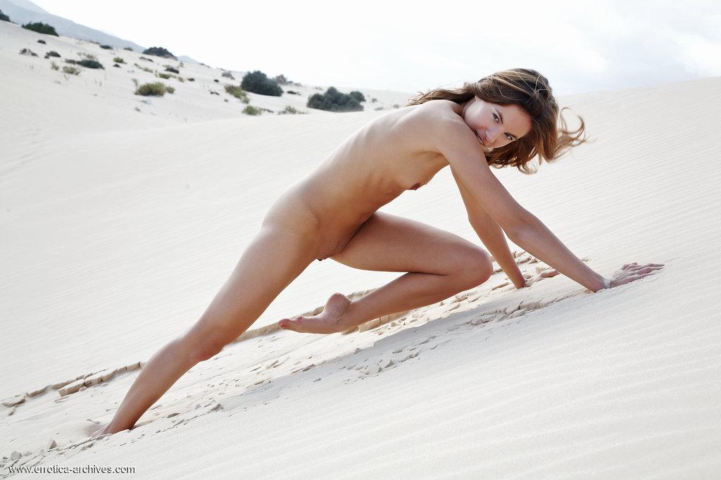 Zdjęcie porno - 08 6 - Ślicznotka na pustyni