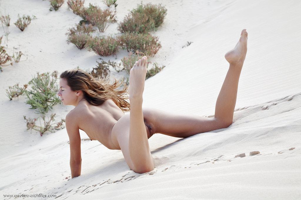 Zdjęcie porno - 10 5 - Ślicznotka na pustyni