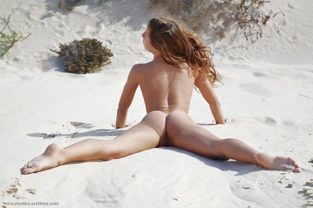 Zdjęcie porno - 11 4 - Ślicznotka na pustyni