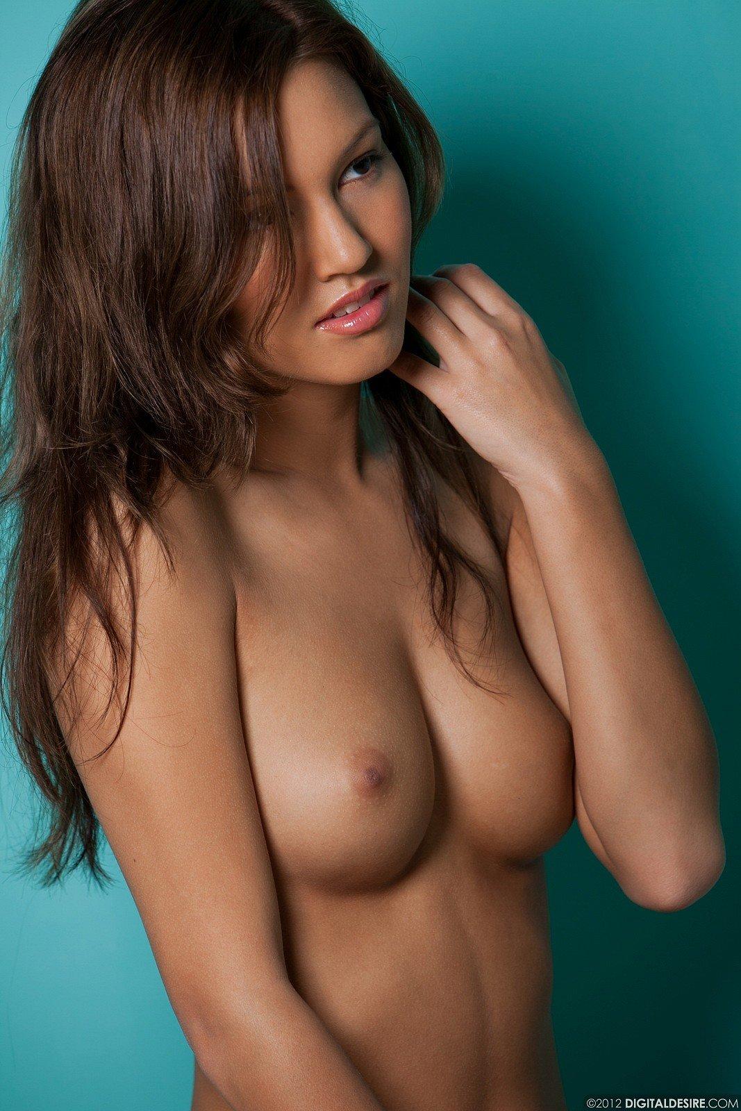 Zdjęcie porno - 09 2 - Cycata brunetka