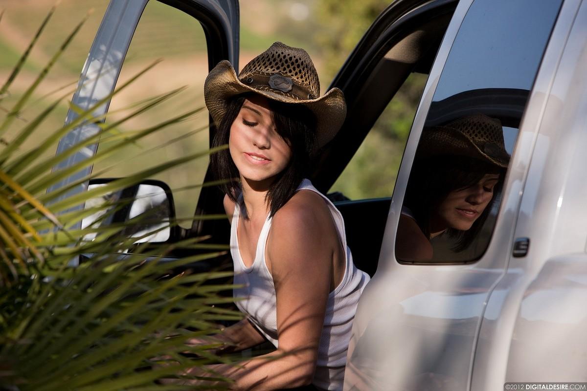 Zdjęcie porno - 09 - Seksowna kowbojka