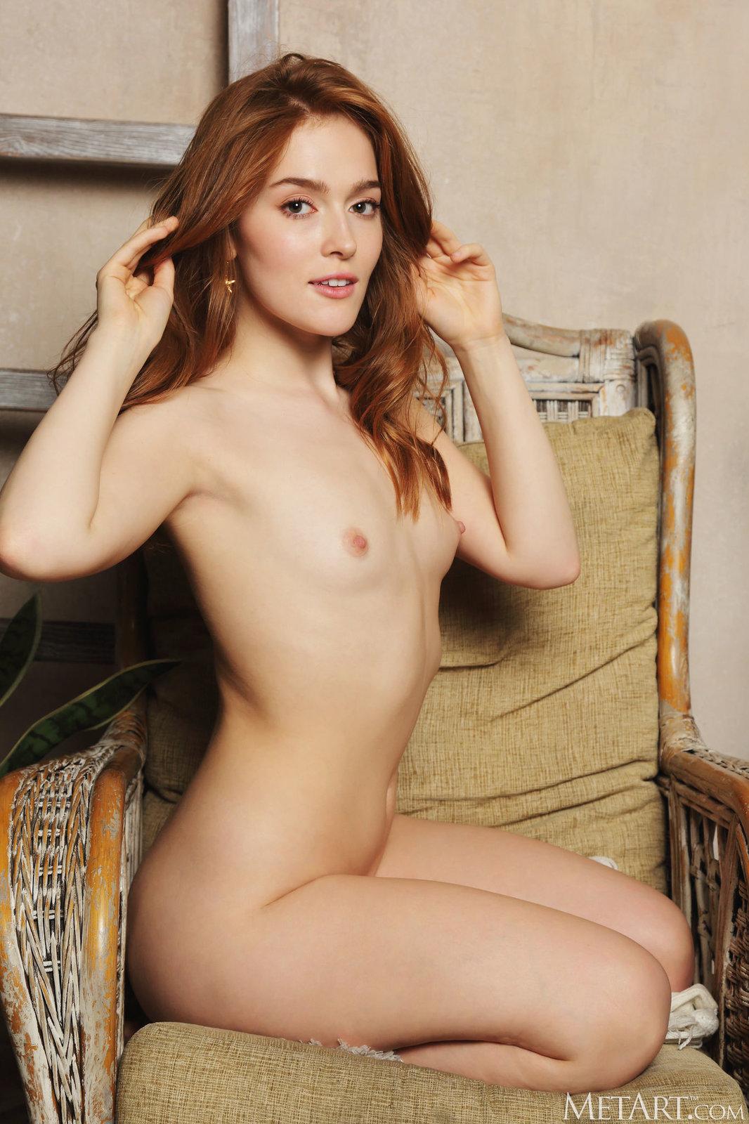 Zdjęcie porno - jia lissa dark velvet metart 13 - Ruda laska z małym biustem