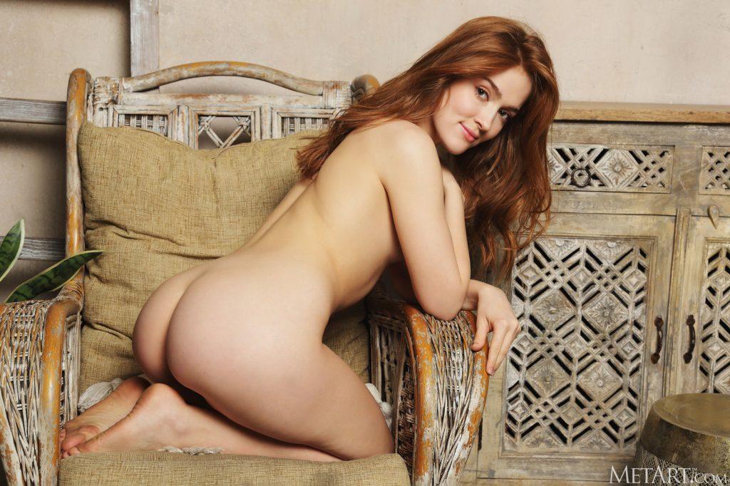 Zdjęcie porno - jia lissa dark velvet metart 14 1024x682 - Ruda laska z małym biustem