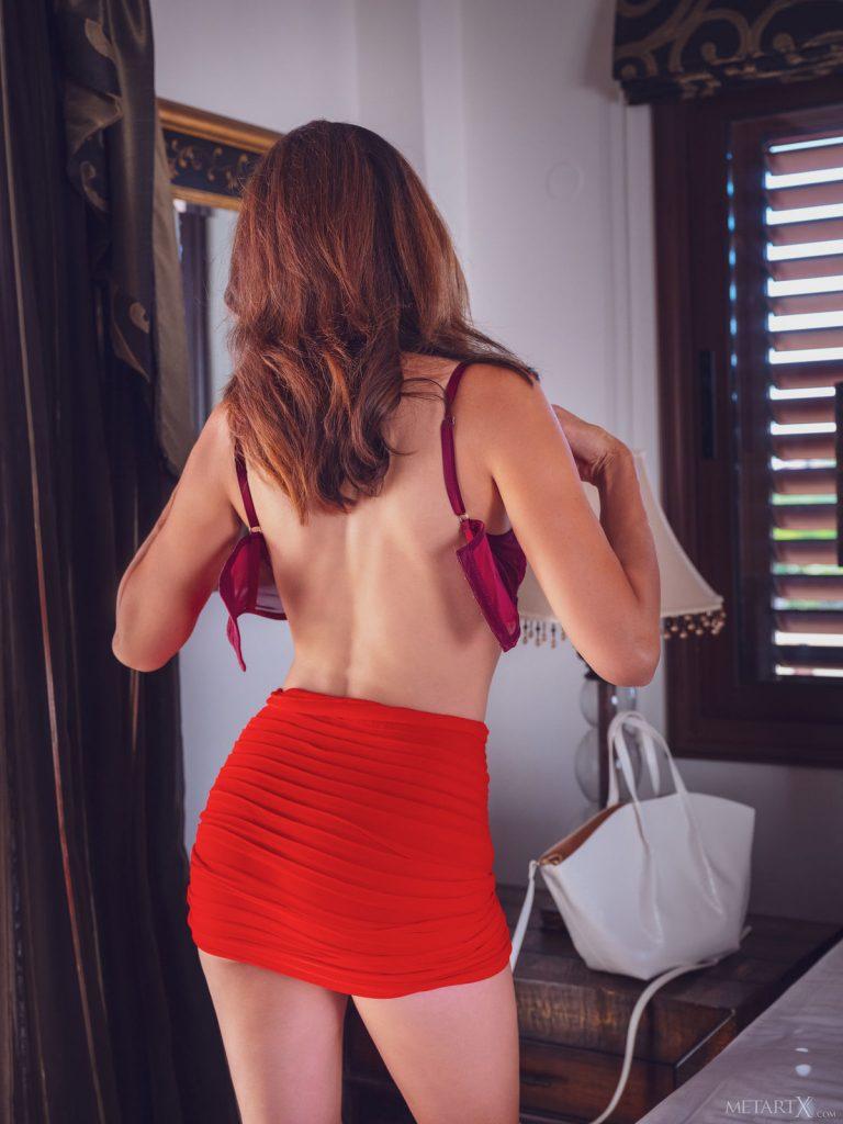 Zdjęcie porno - tina tiny back home metartx 07 768x1024 - Piękna sekretarka
