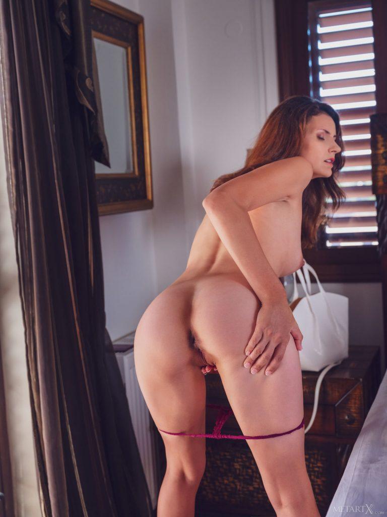 Zdjęcie porno - tina tiny back home metartx 10 768x1024 - Piękna sekretarka
