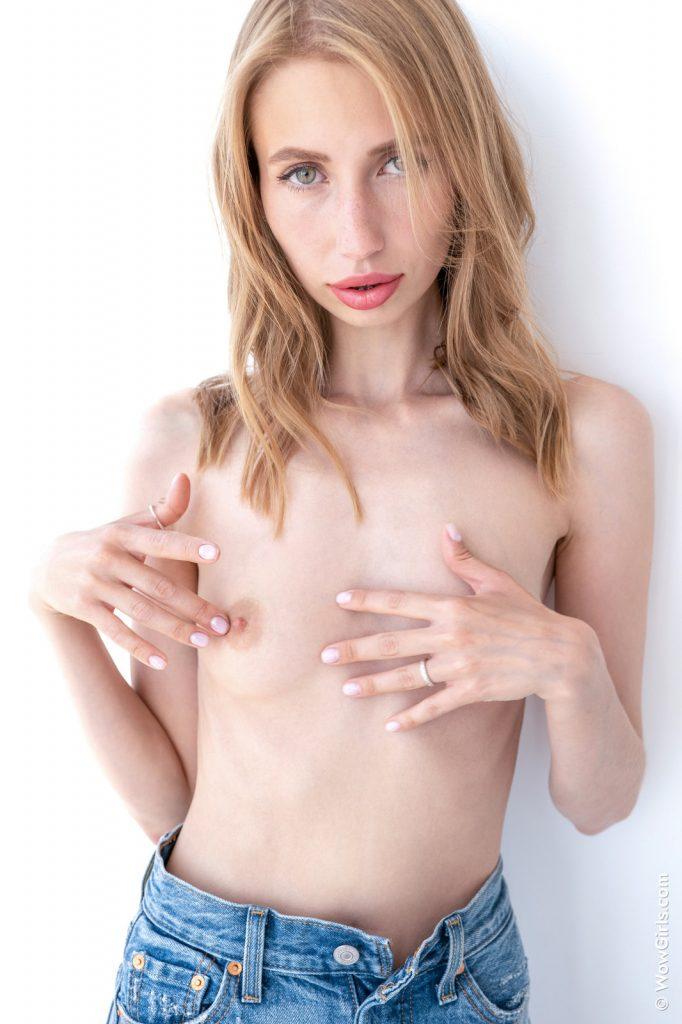 Zdjęcie porno - anna di hot secrets wow girls 10 682x1024 - Blada laseczka